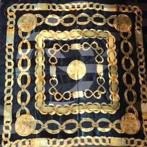 Black & Gold Chain Print Large Square Scarf 🧣